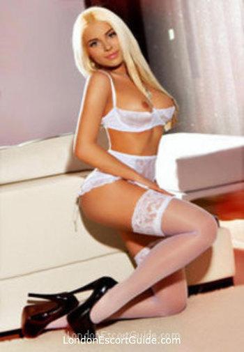 Bayswater blonde Bella london escort