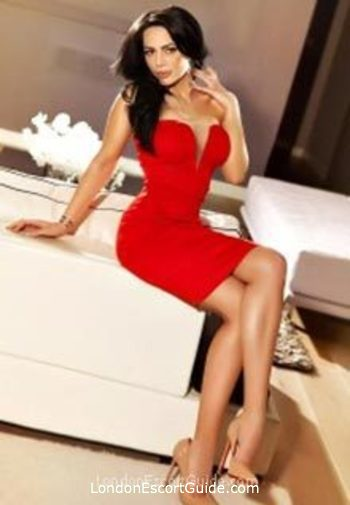 Paddington brunette Eve london escort