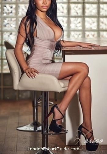 Kensington brunette Nala london escort