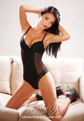 Bayswater brunette Silvana london escort