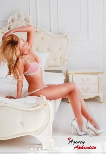Gloucester Road blonde Pam london escort