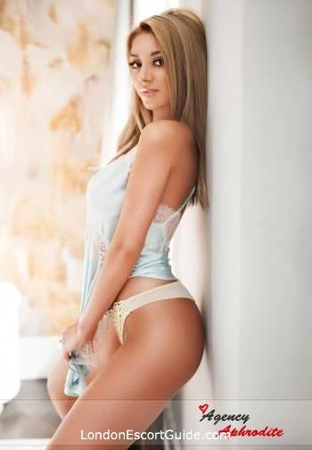 Kensington blonde Abbie london escort