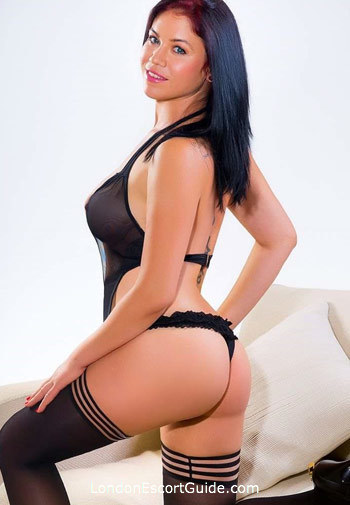 Knightsbridge value Cadeen london escort