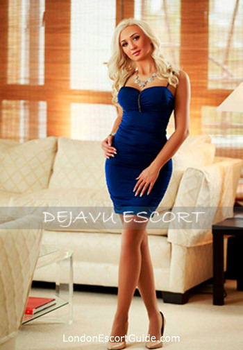 Notting Hill a-team Larissa london escort