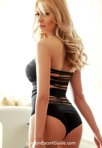 Bayswater blonde Nicola london escort
