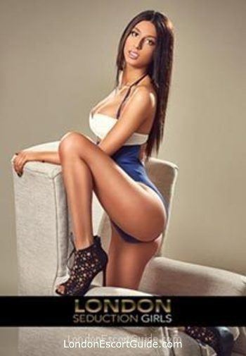 Paddington brunette Davina london escort