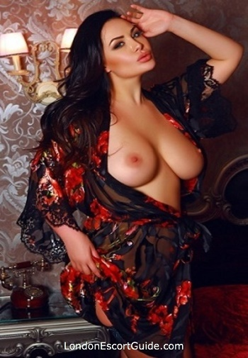 Earls Court brunette Yassmina london escort
