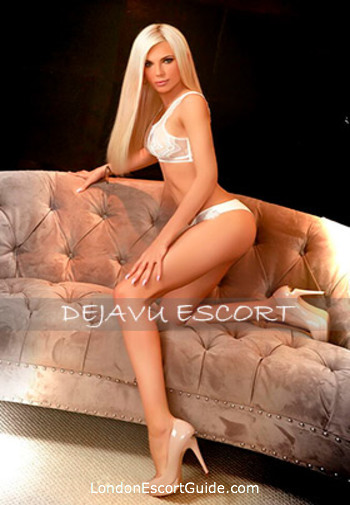 Marble Arch blonde Cindy london escort