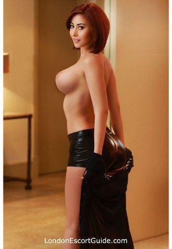 Marble Arch brunette Naomi london escort