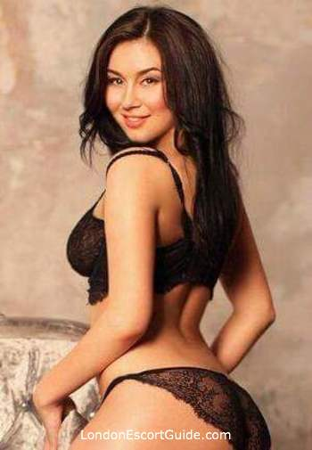 Marylebone brunette Aysel london escort