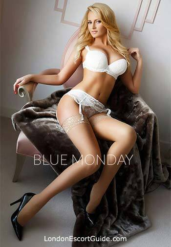 Chelsea elite Nina london escort