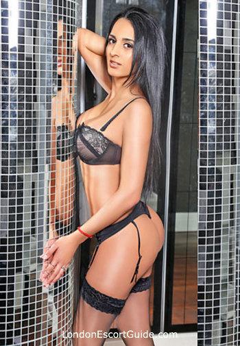 Paddington brunette Yasmin london escort