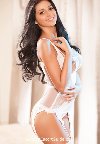 South Kensington busty Aylin london escort
