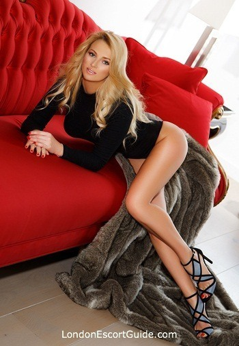 Kensington elite Antonia london escort
