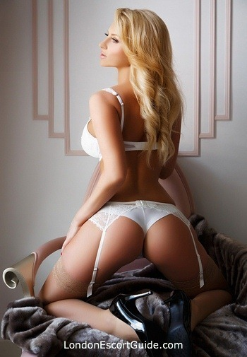 Kensington blonde Antonia london escort