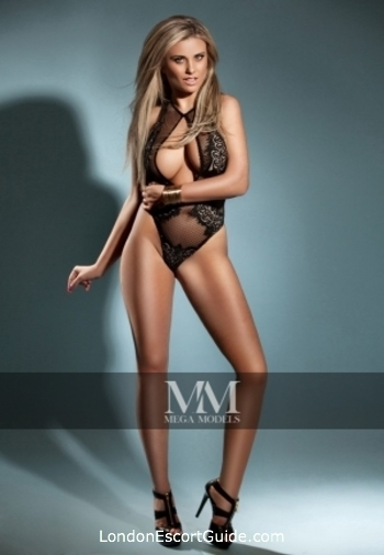 Marylebone blonde Clara london escort