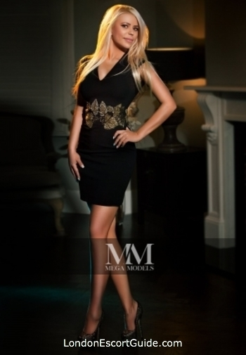 Baker Street busty Aida london escort