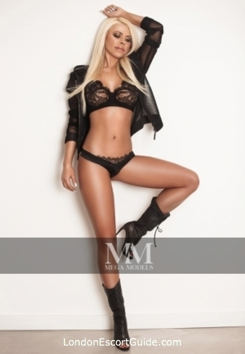 Baker Street blonde Aida london escort