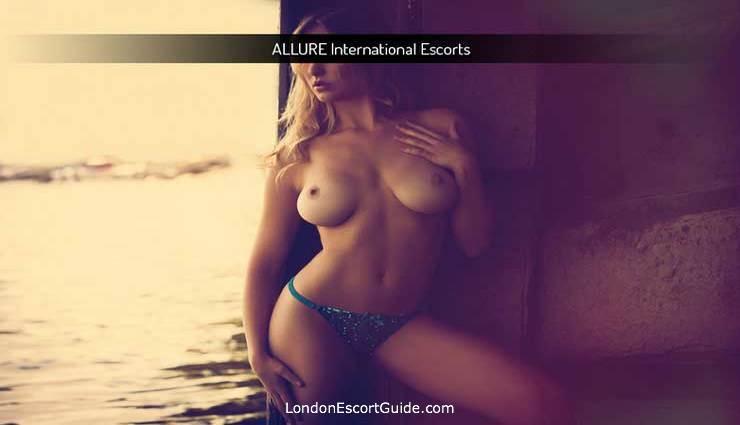 Victoria blonde Fleur london escort