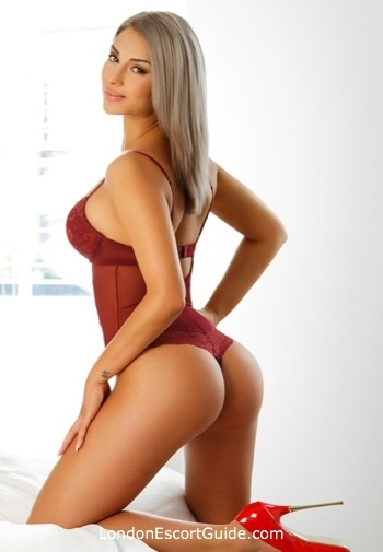 Kensington blonde Maria london escort