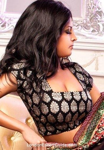 Mayfair indian Jenya london escort
