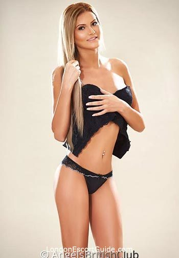 Queensway blonde Lorreta london escort