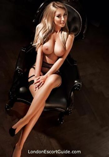 South Kensington busty Kimberly london escort