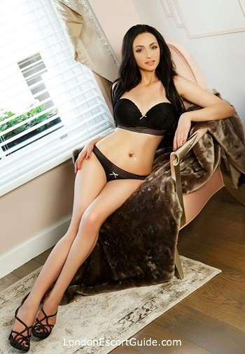 Bayswater east-european Chriss london escort