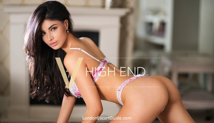 Knightsbridge latin Bella london escort