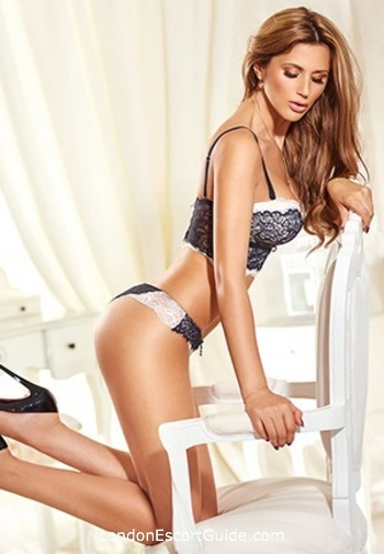 Bayswater brunette Tereza london escort