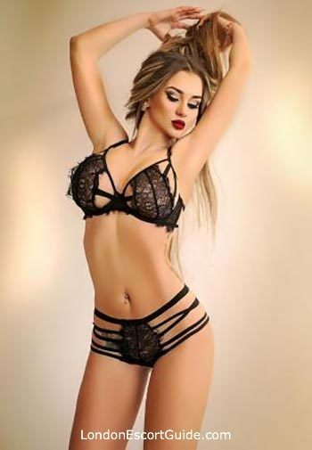 Bayswater blonde Brenda london escort