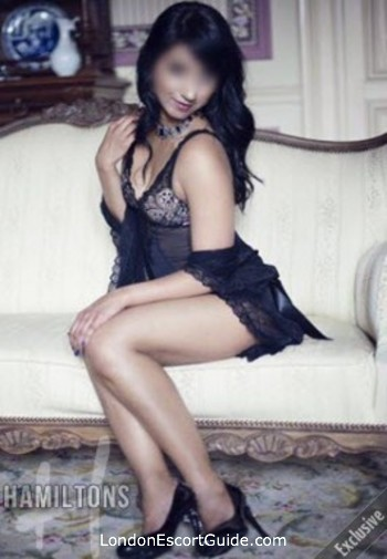 Earls Court indian Aisha london escort