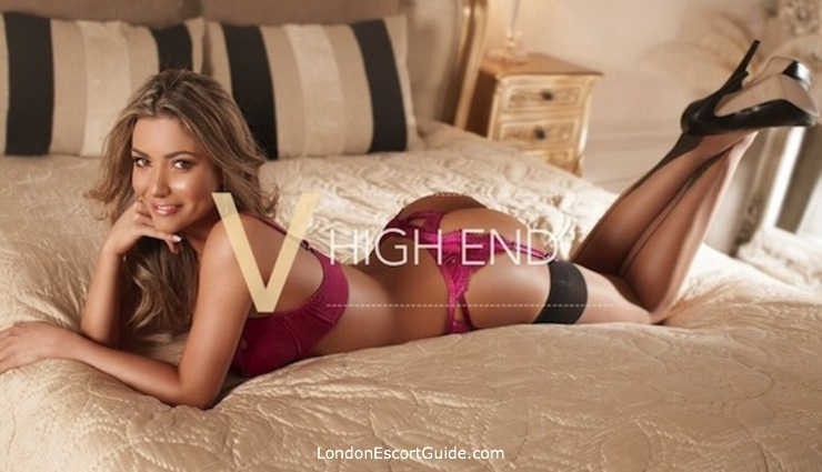 Knightsbridge latin Polly london escort