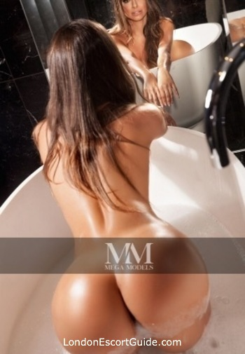 Mayfair a-team Carol london escort