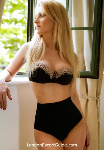 South Kensington blonde Cataleya london escort