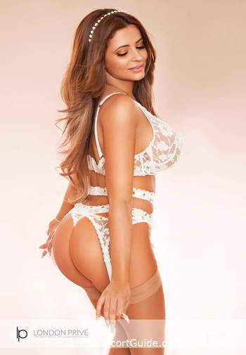 South Kensington brunette Kim london escort