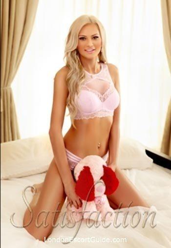 Bayswater blonde Lara london escort
