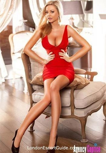 Chelsea blonde Anddrea london escort
