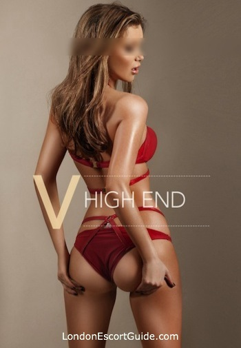 Chelsea elite Larissa london escort