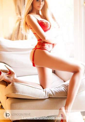 South Kensington 600-and-over Sienna london escort
