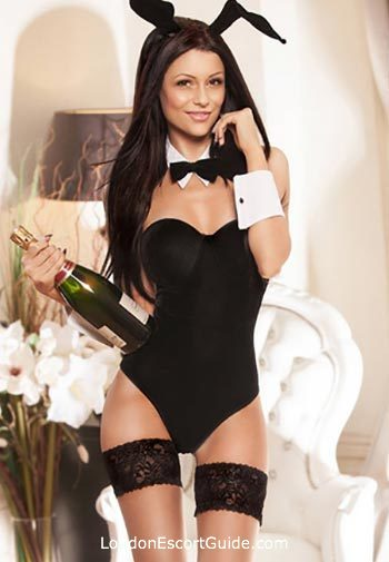 Chelsea brunette Izabella london escort