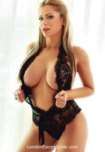 Notting Hill blonde Summer london escort