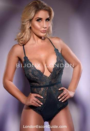 Waterloo blonde Elle london escort
