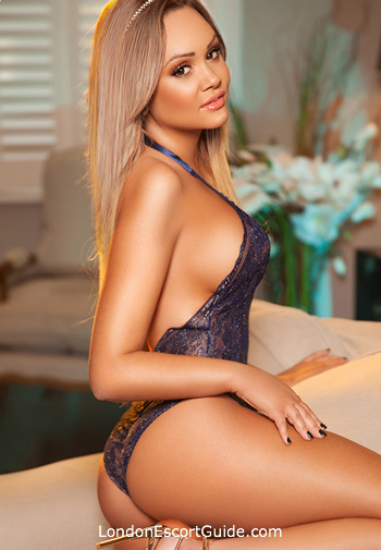 Chelsea blonde Lucille london escort