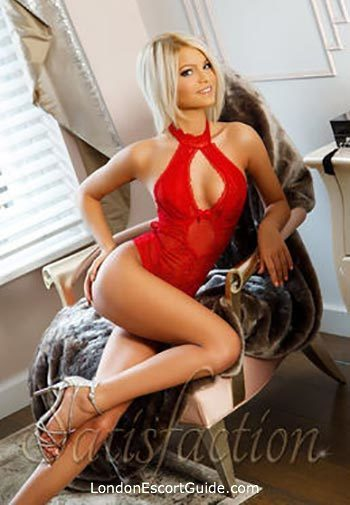 Marylebone blonde Anemona london escort