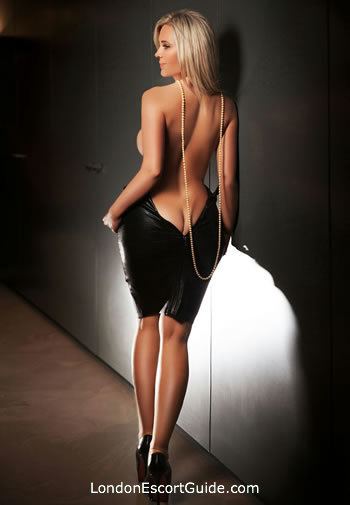 Bayswater blonde Carolina london escort