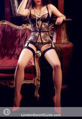 Kensington elite Ayumi london escort