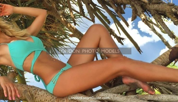 Outcall Only elite Kelly london escort