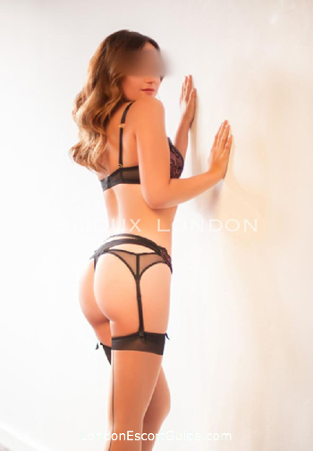 Marylebone busty Camilla london escort
