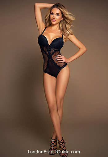 Earls Court blonde Viky london escort